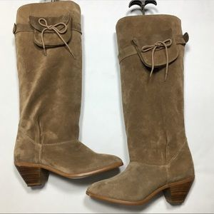 Vintage tan suede boots w/removable pouch on side